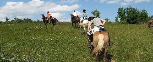 Trekking a Cavallo sui Monti Sibillini